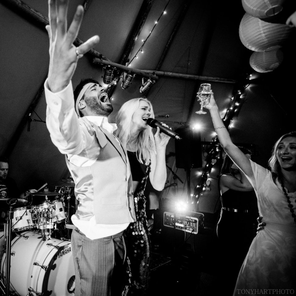 Top UK wedding band, best uk party band, top london events band, corporate entertainment, live music for events, top british party band