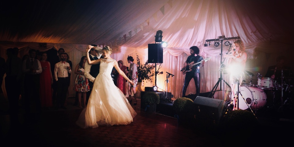 wedding band, live music wedding, wedding band kent, wedding band london, wedding band essex, wedding band surrey, best wedding band, top wedding band, function band,